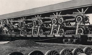 1923 cars on frieght train